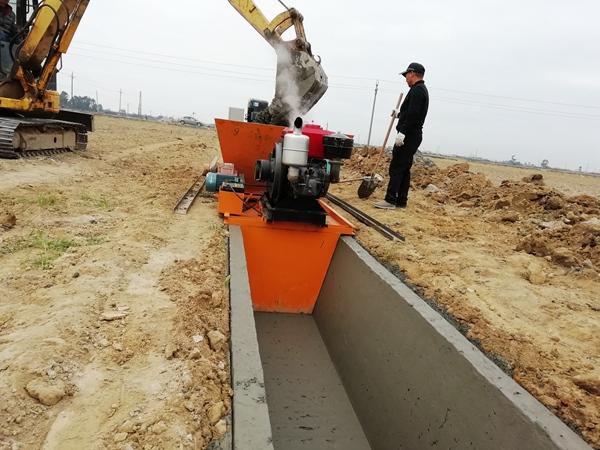 全自动水渠衬砌机,水渠滑膜机