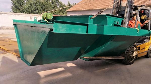 梯形水渠衬砌机,梯形边沟滑膜机